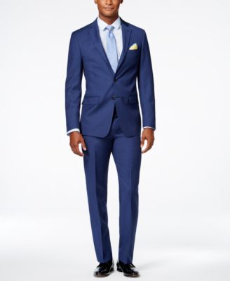 Calvin Klein suits – High quality materials for great comfort