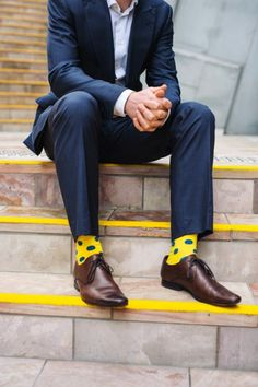 Happy Socks Fashion menu0027s yellow style inspiration | famous outfits my socks, happy socks, cool  socks, EGRMLLH
