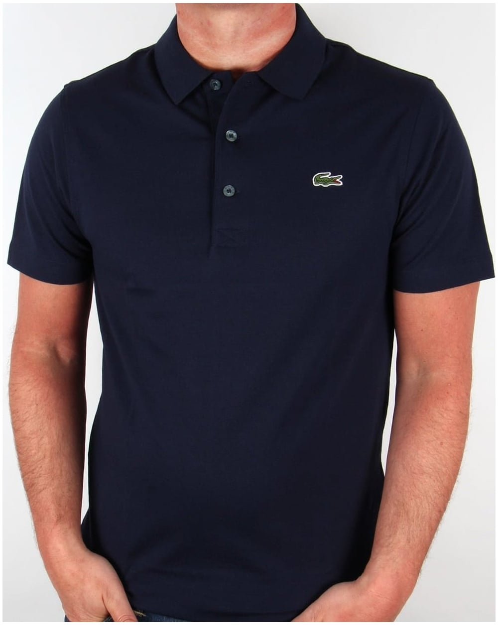 Lacoste polo shirt – Classic leisure fashion for high demands