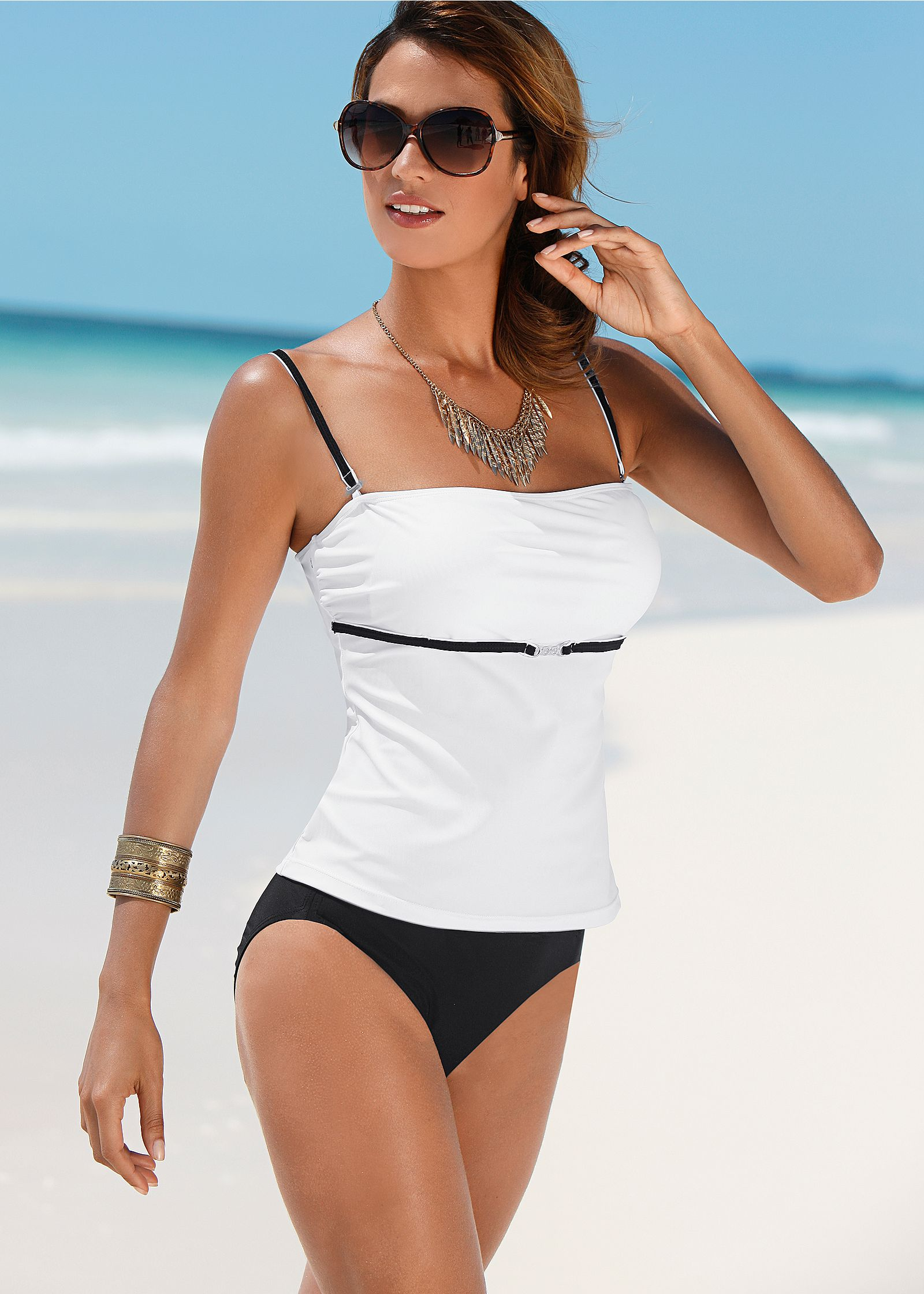 Trendy tankini trends for the summer