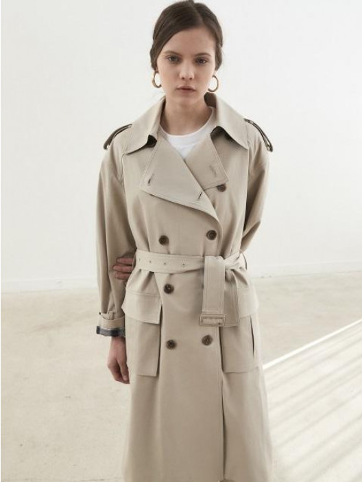 Outfit variety guaranteed with a trench coat in beige