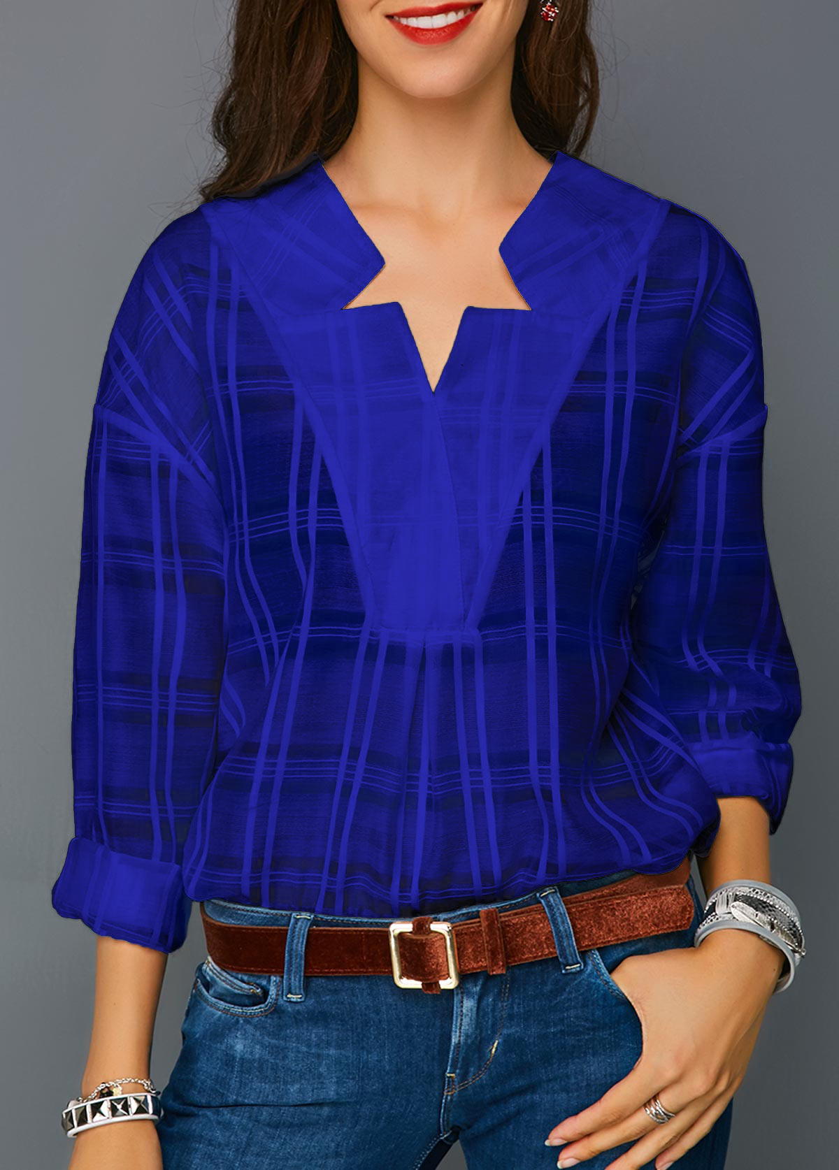 Blue blouse – strong colors and great cuts