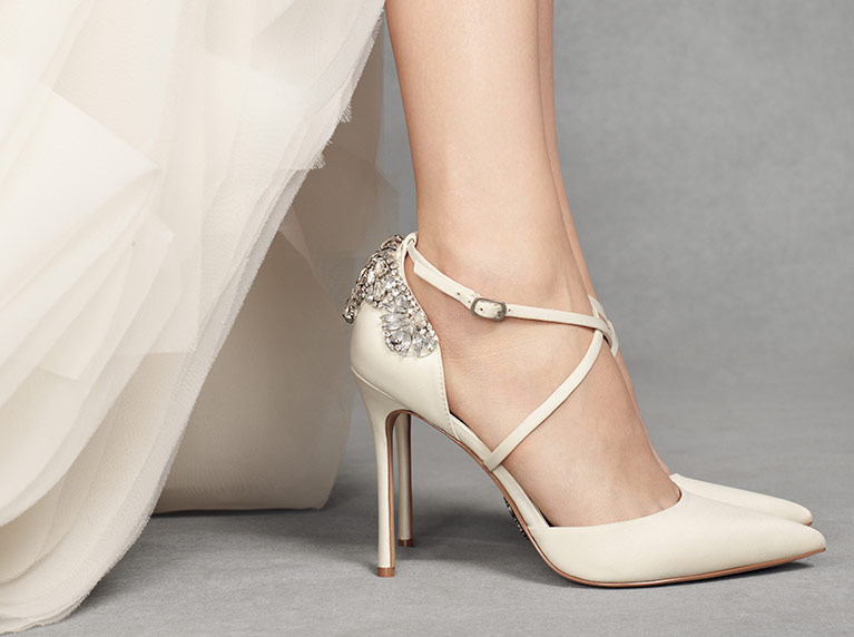 Great choice: find the perfect shoe for the wedding outfit