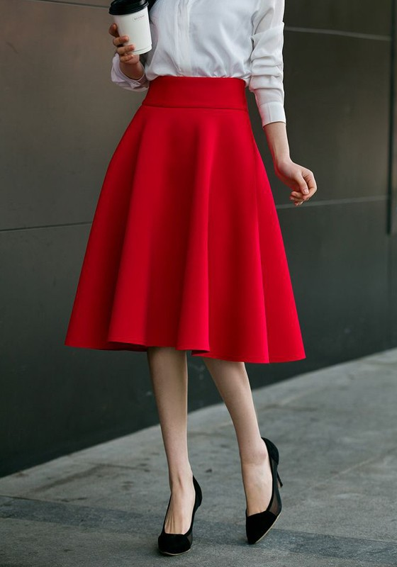 Flared skirts for everyday work and leisure