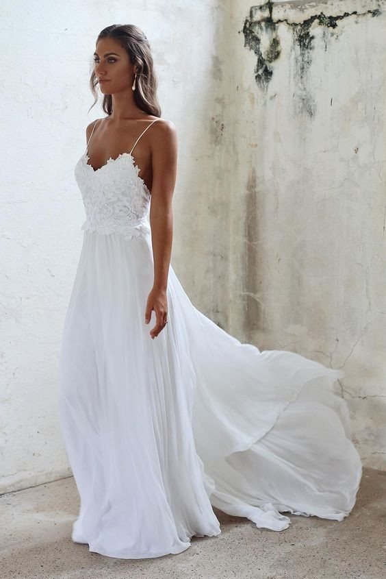 Beach Wedding Dresses Sexy Open Backs Lace White Wedding Gown