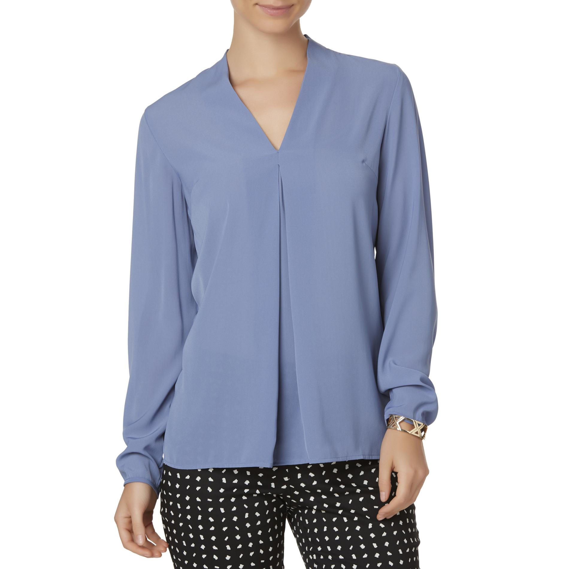 Women's Shirts as chic basic parts