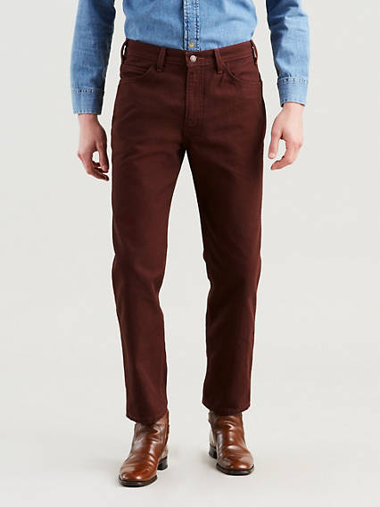 Uniform or vintage look? Brown jeans enable both!