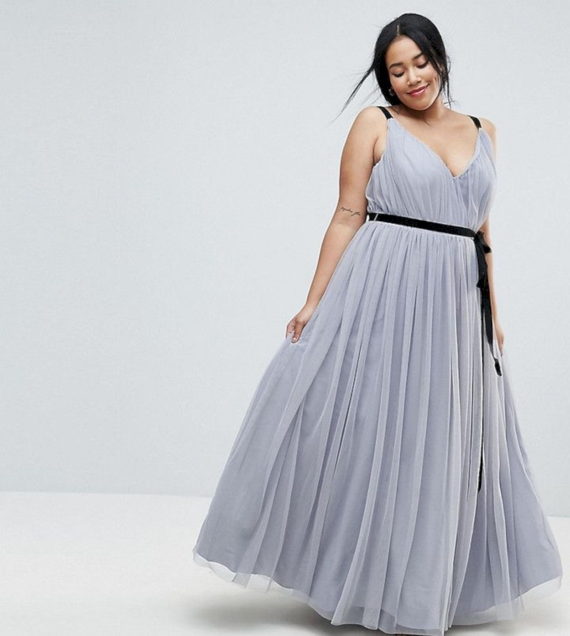 Amazing plus size maxi dress outfits ideas (18)