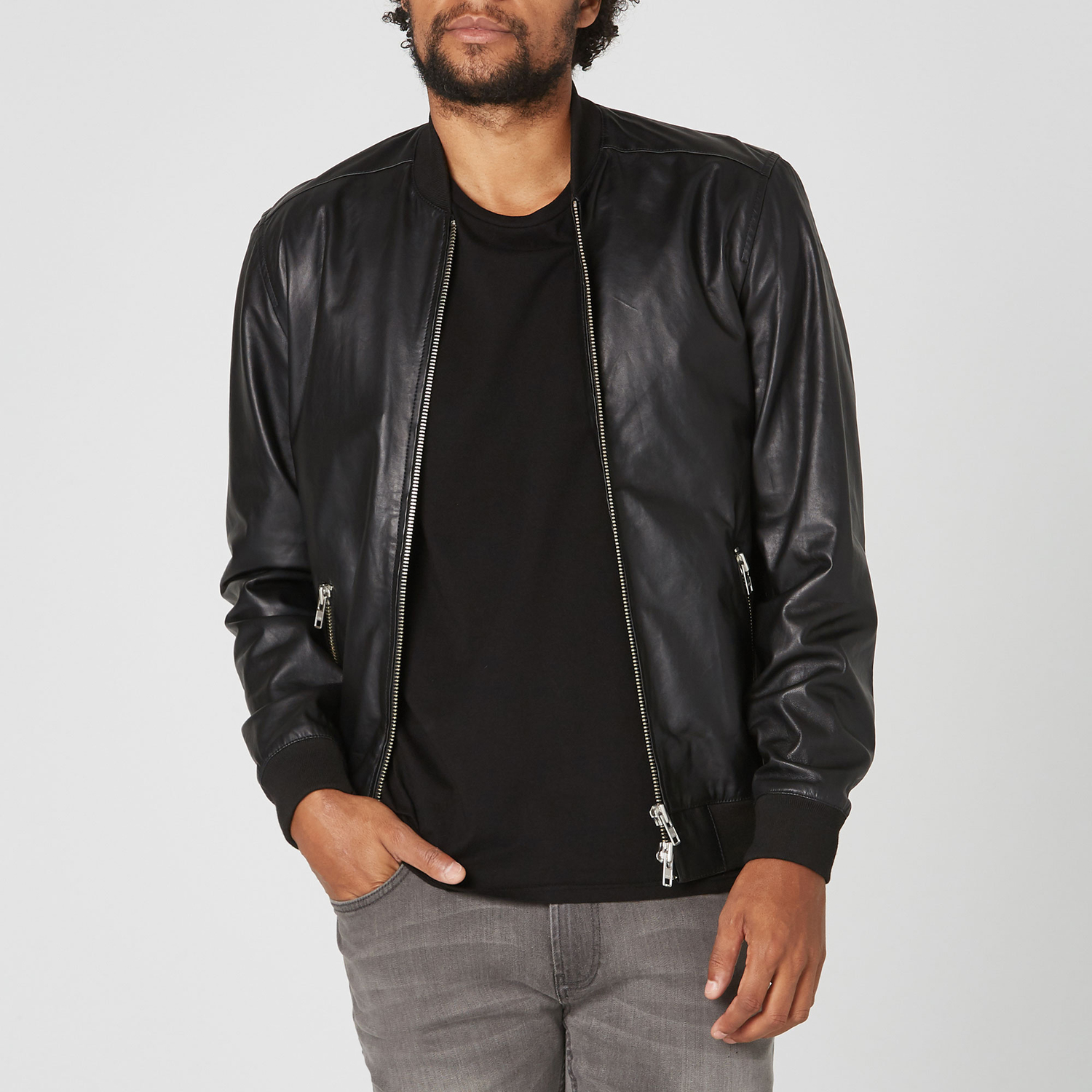 43c991837 Leather bomber jackets – loved for decades – ChoosMeinStyle