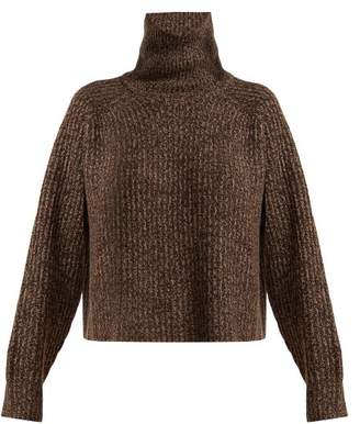 BROWN SWEATERS