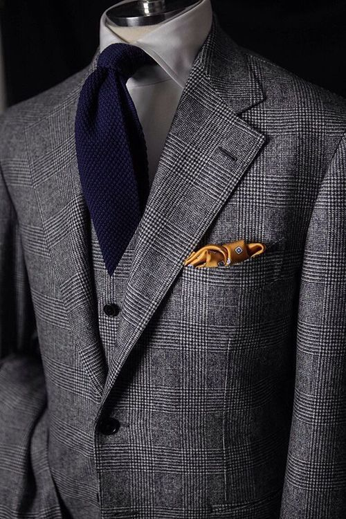 Classic Glen Check Tweed 3-piece suit paired with knit tie and
