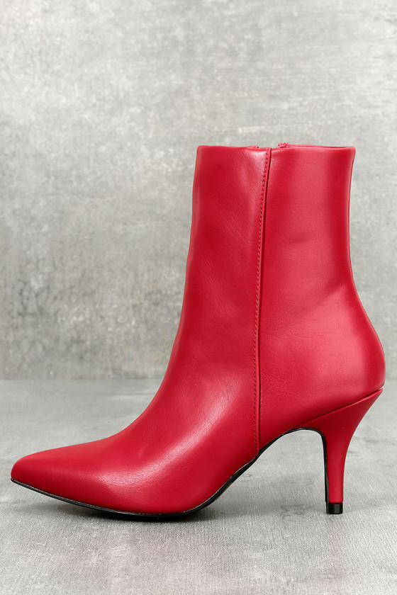 Red boots – the autumn is fiery