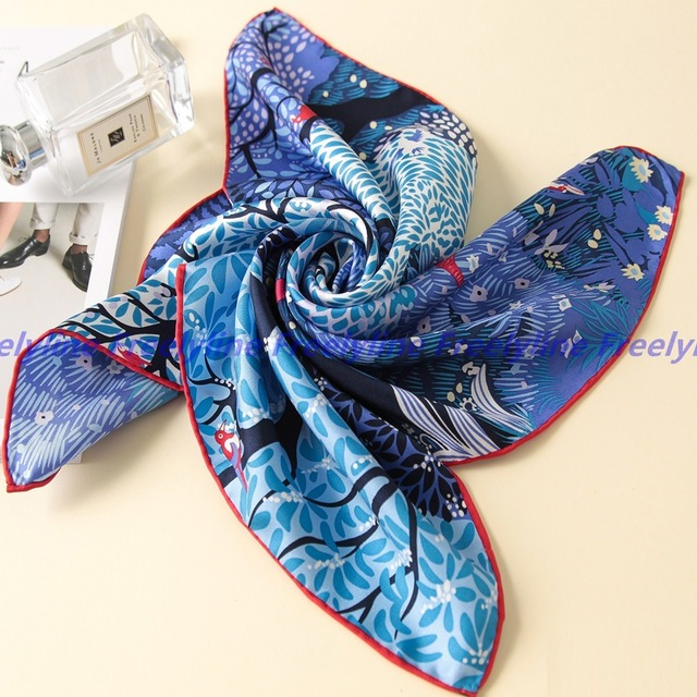 Hand Rolled 100% Silk Twill Scarf Neckerchief Small Square Silk