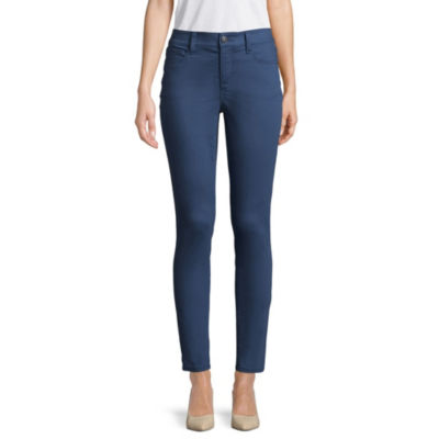 Skinny jeans for men and women