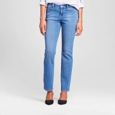 Women's Curvy Fit Signature Straight Leg Jeans - Crafted By Lee