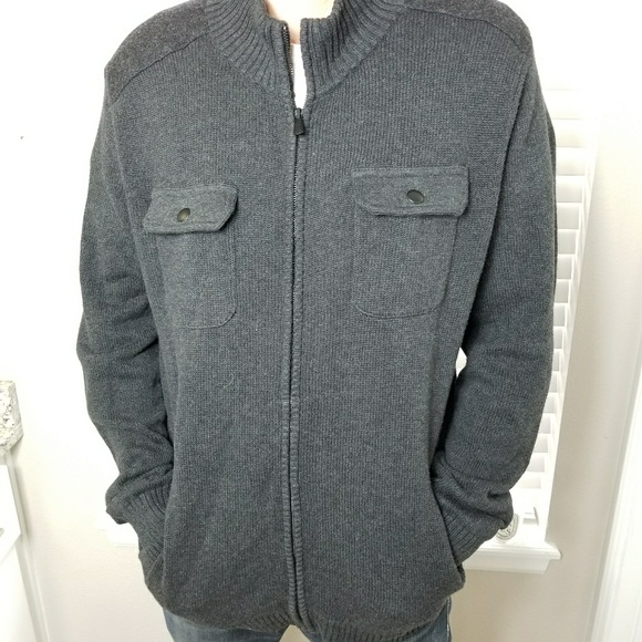Sweater with breast pocket