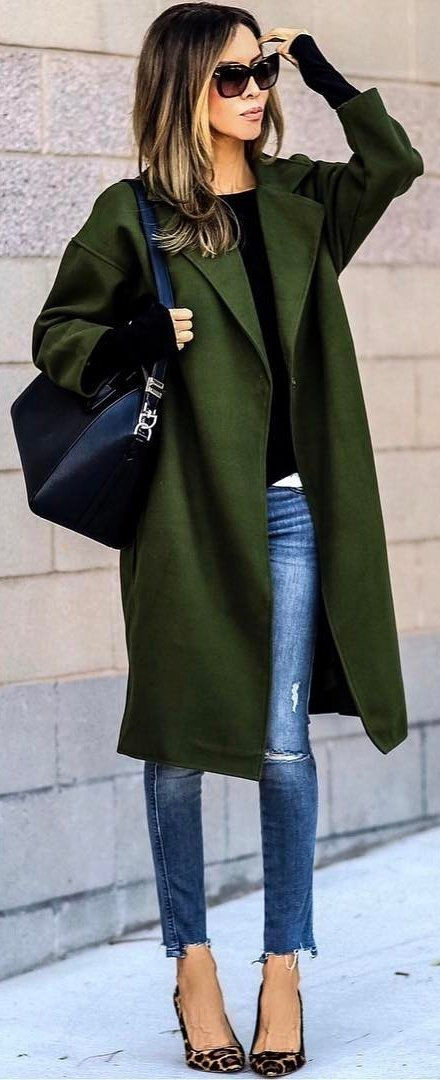 winter #fashion / Green Coat / Bleached Skinny Jeans / Leopard Pumps