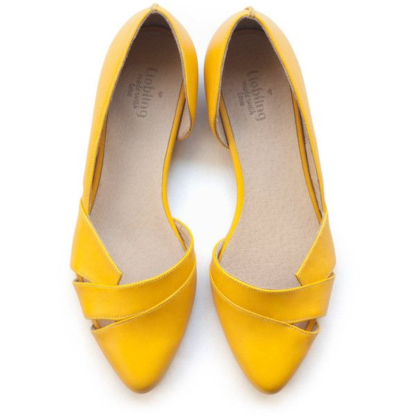 Isn't it Amazing to have Yellow Shoes u2013 StyleSkier.com