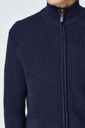 Cardigans with zippers