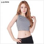 Casual or elegant outfits with a crop top
